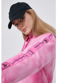 Champion - Bluza. Okazja: na co dzień. Kolor: różowy. Materiał: bawełna. Długość rękawa: długi rękaw. Długość: długie. Wzór: aplikacja. Styl: casual