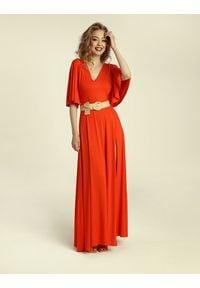 Madnezz - Sukienka Senorita - chilli. Typ kołnierza: dekolt w kształcie V. Materiał: elastan, wiskoza. Typ sukienki: w kształcie A. Styl: elegancki