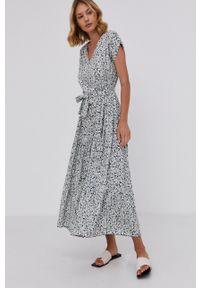 Answear Lab - Sukienka. Okazja: na co dzień. Kolor: turkusowy. Materiał: tkanina. Długość rękawa: krótki rękaw. Typ sukienki: proste. Styl: wakacyjny