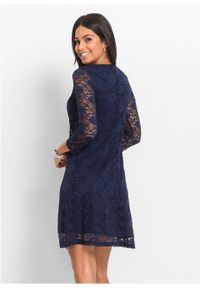 Niebieska sukienka bonprix na imprezę, w koronkowe wzory