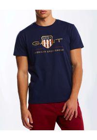 GANT - Granatowy t-shirt z motywem Archive Shield. Kolor: niebieski. Materiał: bawełna. Wzór: nadruk