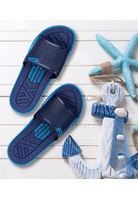 LANO - Klapki męskie basenowe Lano KL-4-6168-D Granatowe. Okazja: na plażę. Zapięcie: bez zapięcia. Kolor: niebieski. Materiał: guma. Obcas: na obcasie. Wysokość obcasa: średni, niski. Sport: pływanie