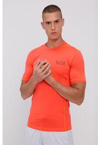 EA7 Emporio Armani - T-shirt. Kolor: pomarańczowy. Materiał: dzianina, materiał. Wzór: nadruk. Styl: sportowy