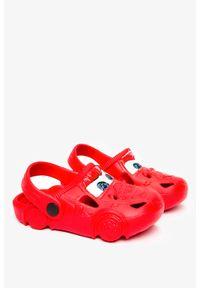 Casu - Czerwone klapki piankowe basenowe z ozdobą casu 1231. Kolor: czerwony. Wzór: aplikacja
