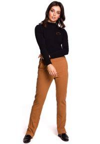 MOE - Czarna Bluzka z Golfem. Typ kołnierza: golf. Kolor: czarny. Materiał: bawełna, elastan