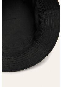 Czarny kapelusz Converse