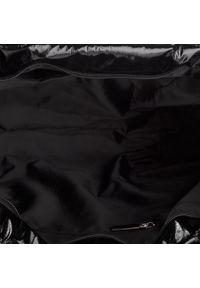 Czarna torebka klasyczna Togoshi klasyczna