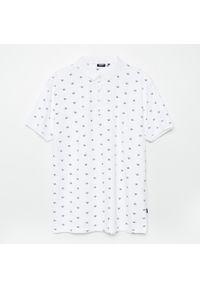 Biały t-shirt Cropp z nadrukiem, polo