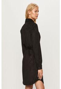 Czarna sukienka only prosta, na co dzień, mini