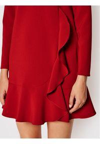 Red Valentino Sukienka koktajlowa WR3VAAL4 Czerwony Regular Fit. Kolor: czerwony. Styl: wizytowy
