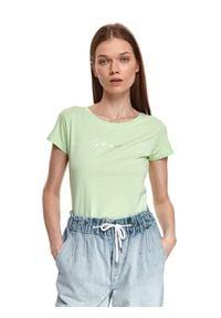 TOP SECRET - Dopasowany t-shirt z nadrukiem. Kolor: zielony. Materiał: tkanina, bawełna. Długość rękawa: krótki rękaw. Długość: krótkie. Wzór: nadruk. Sezon: wiosna