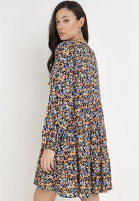 Born2be - Granatowo-Pomarańczowa Sukienka Brethice. Kolor: niebieski
