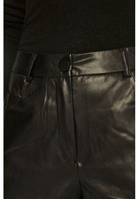 Czarne spodnie materiałowe only na co dzień, casualowe