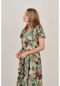 Marie Zélie - Sukienka Iris Flammes oliwkowa. Kolor: oliwkowy. Materiał: wiskoza, jedwab. Typ sukienki: rozkloszowane