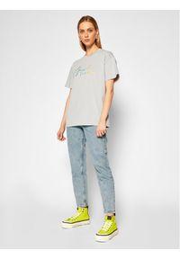 Local Heroes T-Shirt Runway Tee AW2021T0023 Szary Regular Fit. Kolor: szary