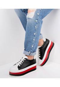 Białe buty sportowe Ideal Shoes w kolorowe wzory
