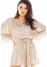 Awama - Luźna Mini Sukienka w Stylu Glamour - Beżowa. Kolor: beżowy. Materiał: poliester. Styl: glamour. Długość: mini