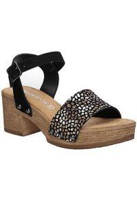 Tamaris - sandały skórzane na platformie tamaris 1-28036-28. Kolor: czarny. Materiał: skóra. Sezon: lato. Obcas: na platformie. Styl: klasyczny, elegancki
