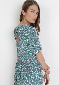 Born2be - Miętowa Sukienka Butherios. Kolor: miętowy. Długość rękawa: krótki rękaw. Wzór: kwiaty, nadruk. Długość: midi