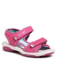 Różowe sandały Primigi na lato