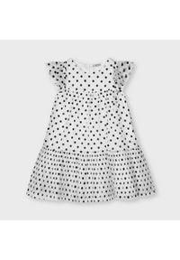 Mayoral Sukienka codzienna 3927 Biały Regular Fit. Okazja: na co dzień. Kolor: biały. Typ sukienki: proste. Styl: casual