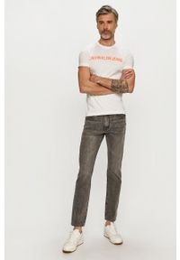 Calvin Klein Jeans - T-shirt. Okazja: na co dzień. Kolor: biały. Wzór: nadruk. Styl: casual