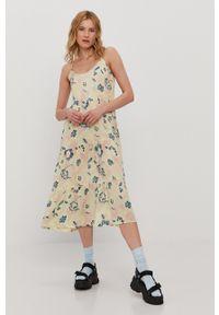 Vero Moda - Sukienka. Kolor: zielony. Materiał: tkanina. Długość rękawa: na ramiączkach. Typ sukienki: rozkloszowane