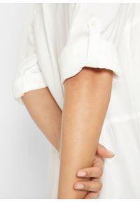 Biała sukienka bonprix koszulowa, z długim rękawem