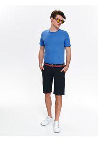 Szary t-shirt TOP SECRET casualowy, w kolorowe wzory, krótki