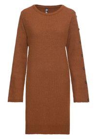 Sukienka dzianinowa z guzikami w optyce masy rogowej bonprix kasztanowy brąz. Kolor: brązowy. Materiał: dzianina, materiał, akryl, poliamid, poliester. Typ sukienki: rozkloszowane