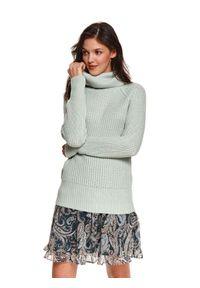 TOP SECRET - Sweter z golfem. Typ kołnierza: golf. Kolor: zielony. Materiał: dzianina. Długość: długie. Wzór: prążki. Sezon: zima