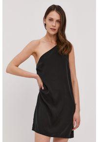 Czarna sukienka Calvin Klein Jeans mini, gładkie