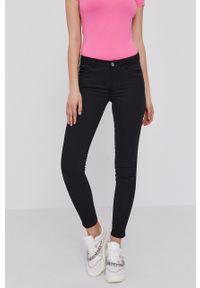 Guess - Spodnie W1GAJ2.W77RE. Kolor: czarny. Materiał: materiał