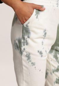 Zielone spodnie dresowe Renee
