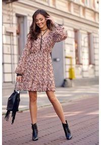 e-margeritka - Sukienka rozkloszowana w kwiaty przed kolano - 38. Materiał: poliester, materiał. Wzór: kwiaty. Typ sukienki: rozkloszowane. Styl: elegancki