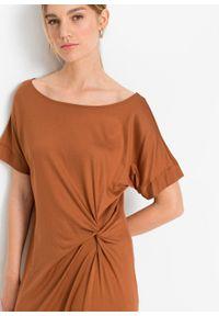 Sukienka z dżerseju z ozdobnym przewiązaniem bonprix kasztanowy. Kolor: brązowy. Materiał: jersey