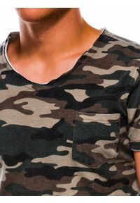 Zielony t-shirt Ombre Clothing moro