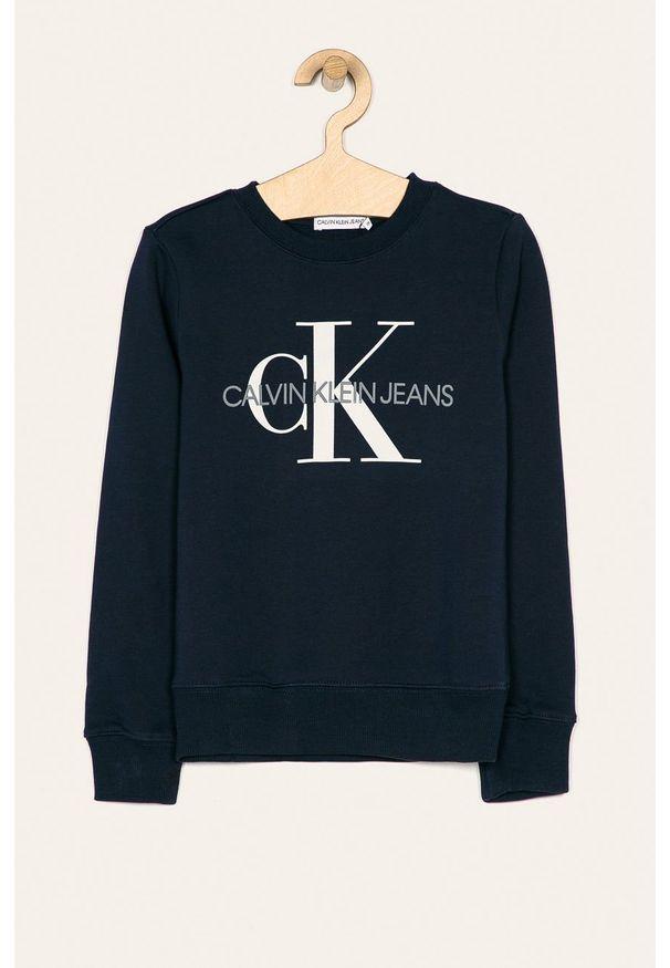 Niebieska bluza Calvin Klein Jeans na co dzień, casualowa, z nadrukiem