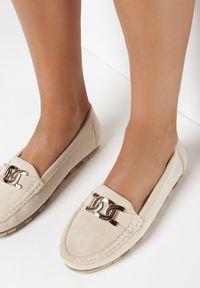 Born2be - Beżowe Mokasyny Oniel. Nosek buta: okrągły. Zapięcie: bez zapięcia. Kolor: beżowy. Materiał: jeans, skóra. Szerokość cholewki: normalna. Wzór: gładki, aplikacja