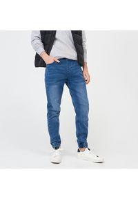 Niebieskie jeansy Sinsay #1