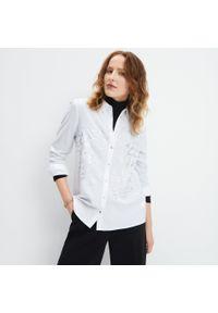 Biała koszula Mohito z nadrukiem