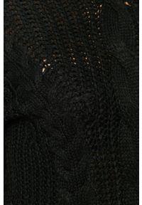 Czarny sweter Brave Soul z golfem, na co dzień