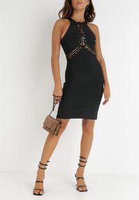 Born2be - Czarna Sukienka Rhenedanea. Kolor: czarny. Materiał: dzianina. Długość rękawa: bez rękawów. Wzór: ażurowy, aplikacja. Styl: klasyczny. Długość: mini
