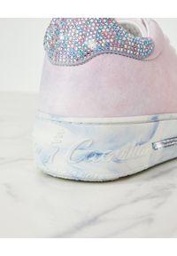 RENE CAOVILLA - Dwukolorowe sneakersy Xstra. Nosek buta: okrągły. Kolor: biały. Wzór: kolorowy #6