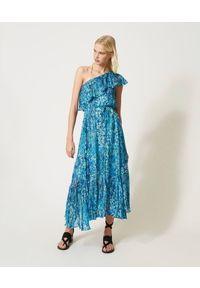 TwinSet - Sukienka z krepony w kwiaty na jedno ramię Twinset. Kolor: niebieski, różowy. Materiał: tkanina, poliester. Wzór: kwiaty. Typ sukienki: dopasowane. Styl: klasyczny