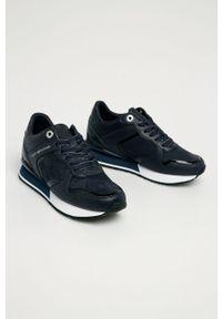 Niebieskie buty sportowe TOMMY HILFIGER z okrągłym noskiem, na sznurówki, z cholewką