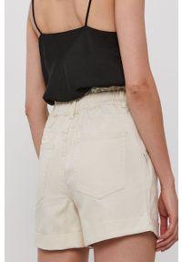 Vila - Szorty jeansowe. Okazja: na co dzień. Kolor: beżowy. Materiał: jeans. Wzór: gładki. Styl: casual