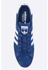 Niebieskie sneakersy adidas Originals z okrągłym noskiem, z cholewką, na sznurówki