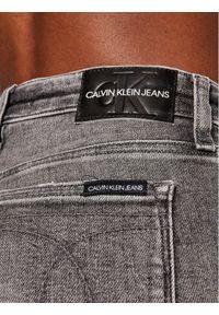 Calvin Klein Jeans Jeansy J20J215890 Szary Skinny Fit. Kolor: szary