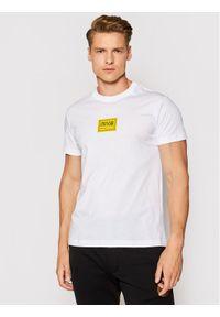 Versace Jeans Couture T-Shirt 71GAHT08 Biały Regular Fit. Kolor: biały